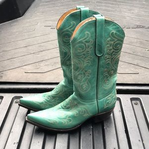 Old gringo turquoise cowboy boots size 9.5